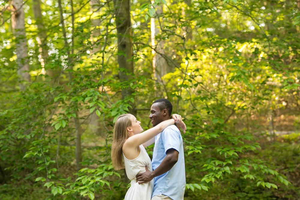 Outdoorsy Virginia Engagement Photos | Megan Rei Photography | Prince William County, Virginia