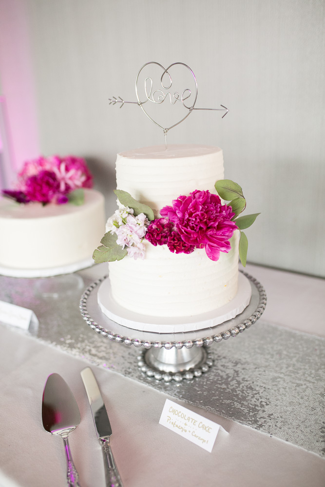 Scratch Bakeshop Wedding Cake | The Strathallan | Rochester, NY Wedding Photographer