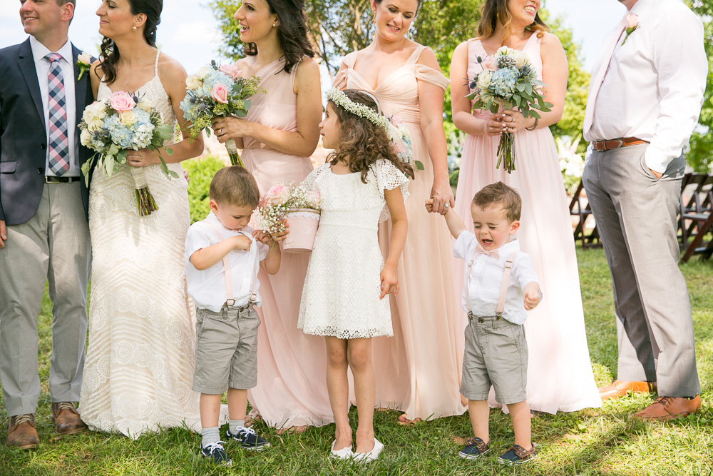 Flower girl and ring bearers | Funny wedding photos