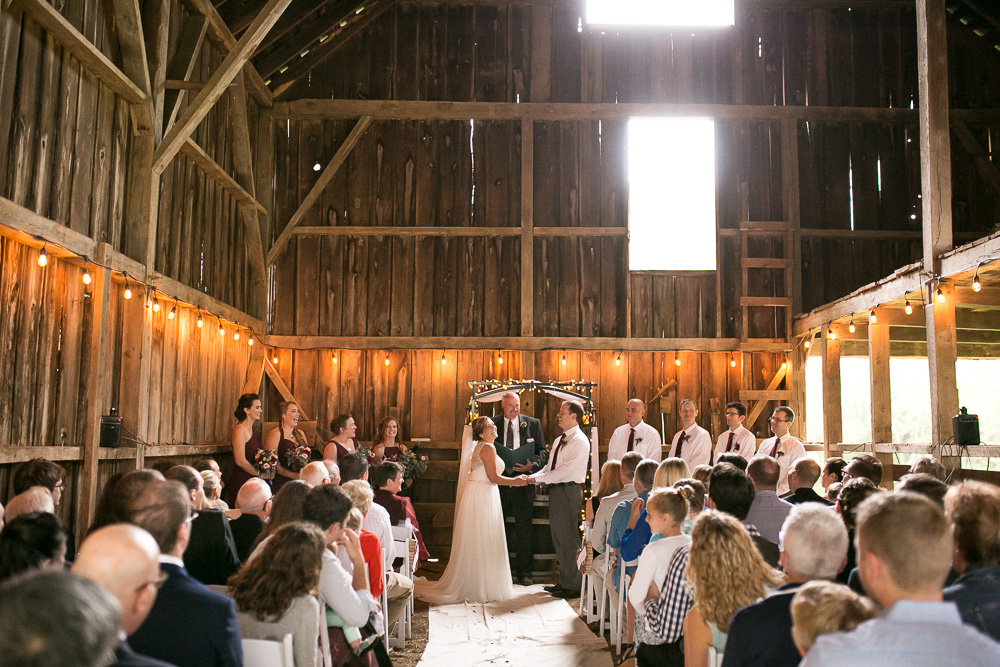 mountain-run-winery-wedding-culpeper-megan-rei-photography-115.jpg