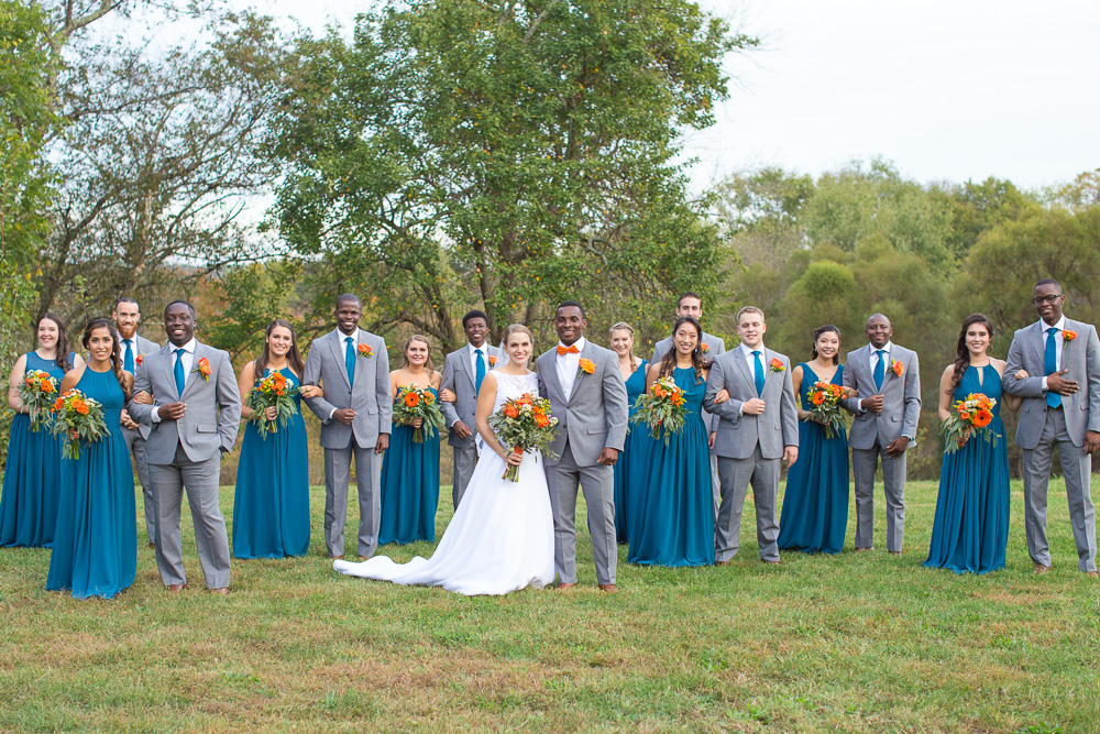 Wedding party at Mountain Run Winery | Best outdoor wedding venues in Northern Virginia | Teal and orange wedding colors