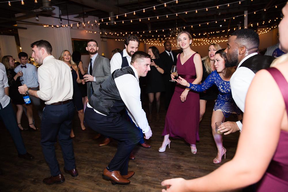 Dancing photos at wedding reception | Best Wedding Venues in Rochester | DJ Hogan from Breakthrough Entertainment