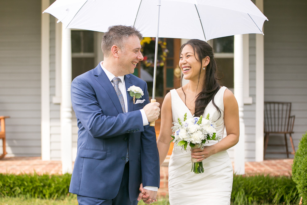 Candid wedding photo in Northern Virginia