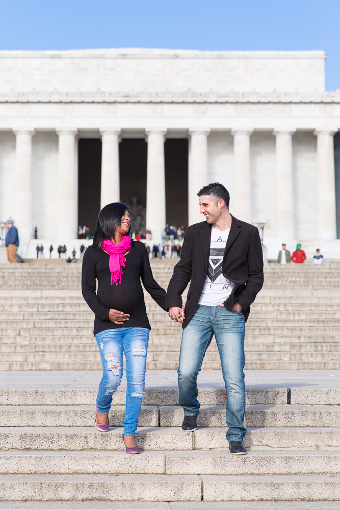 Maternity pictures on the steps of the Lincoln Memorial | Northern Virginia Maternity Photographer