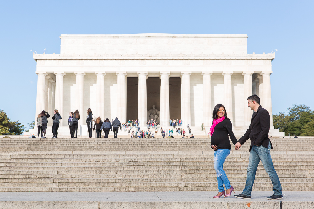Lincoln Memorial maternity photos | Candid Washington DC Maternity Photographer