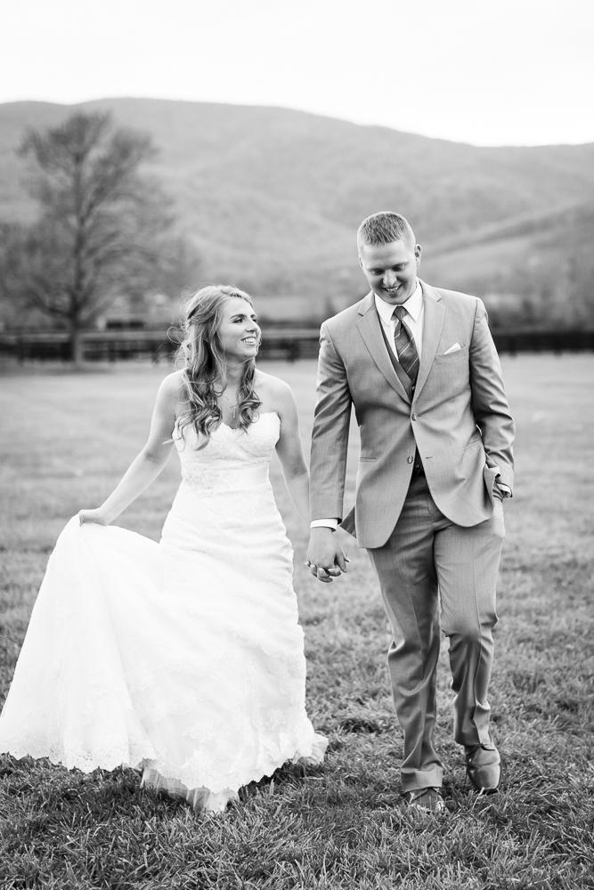 Documentary wedding pictures in Crozet, VA