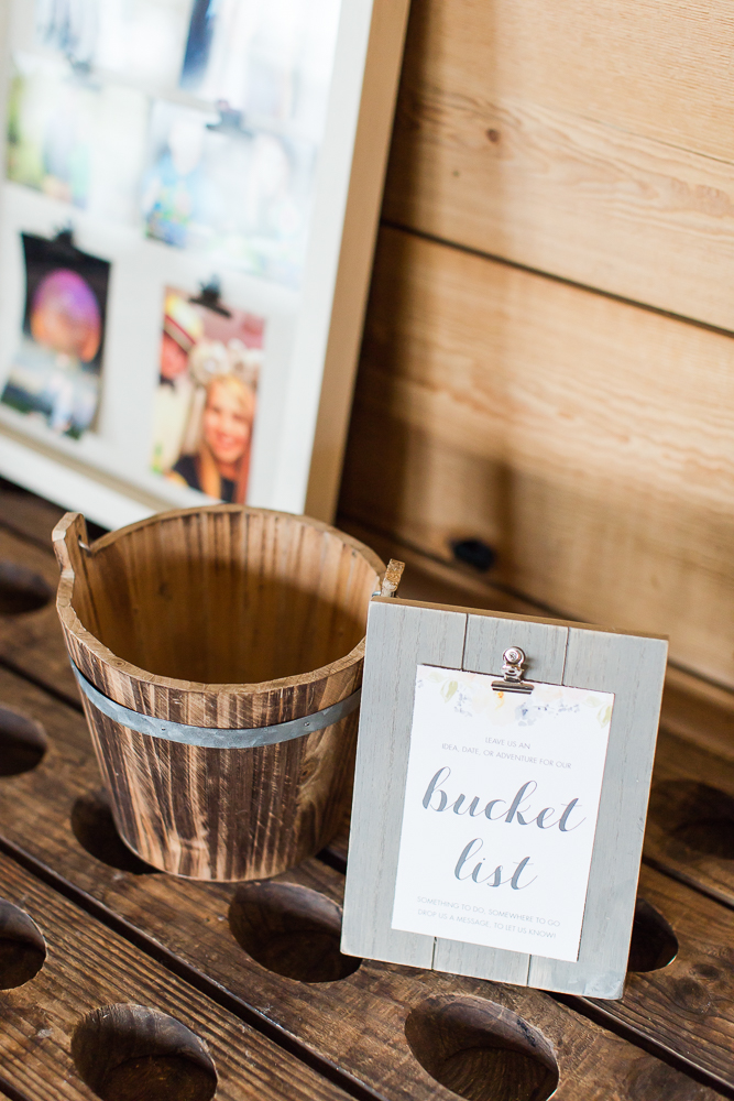 Bucket list guest book for guests to give ideas to the bride and groom