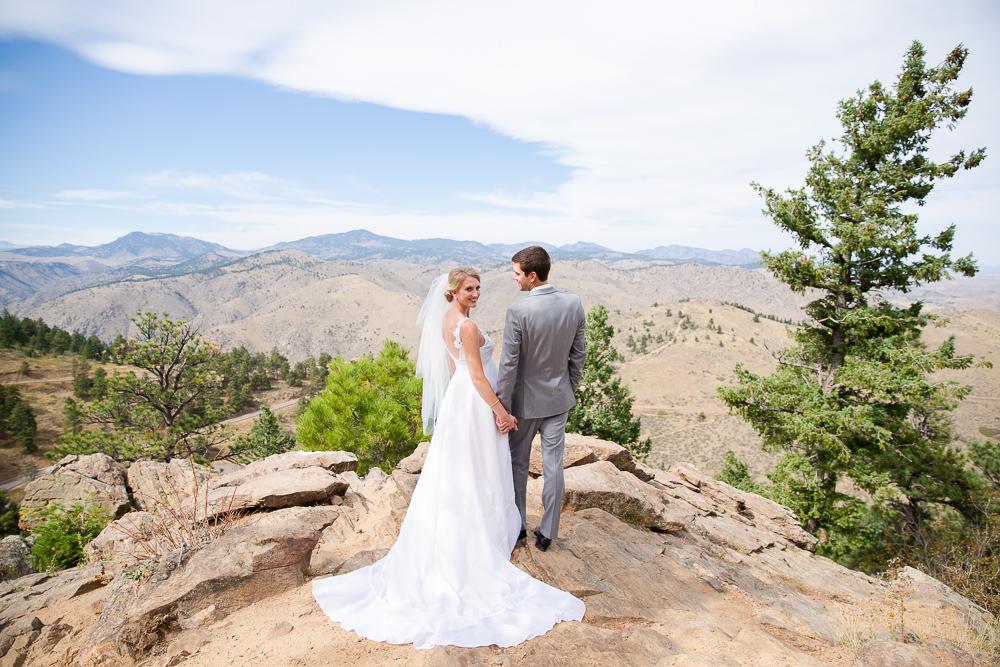 Adventure lovers wedding photography in Golden, Colorado | Best mountain wedding photography in Colorado