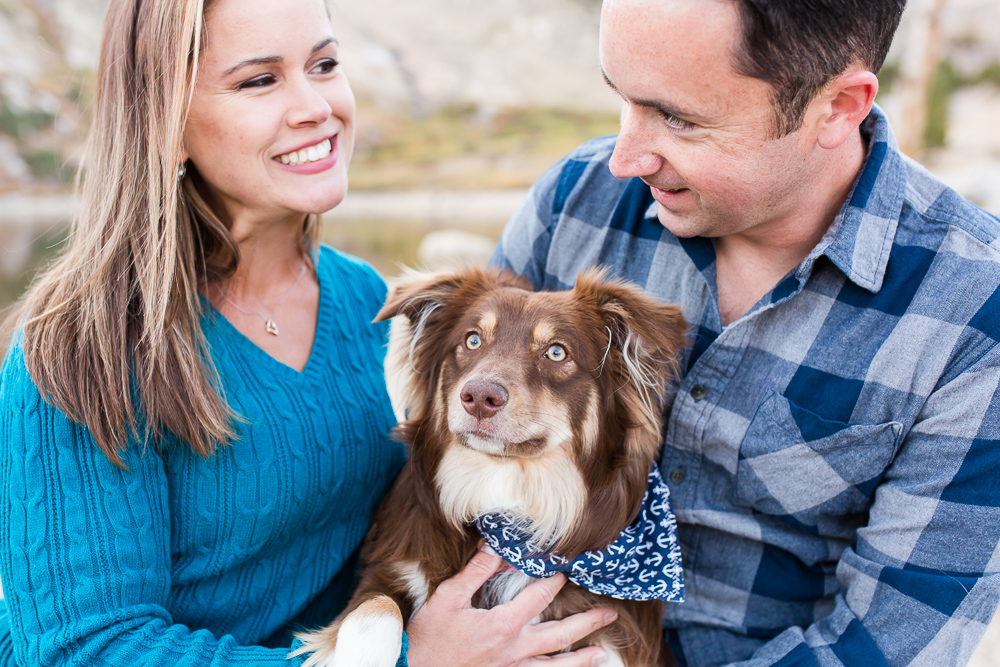 Candid picture of couple with their cute dog | Idaho Springs, Colorado engagement photography