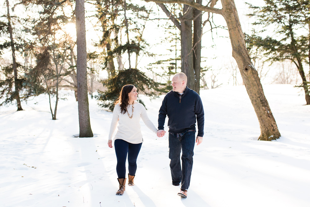 Winter engagement pictures in the snow at Highland Park in Rochester, NY | Best Rochester photographers