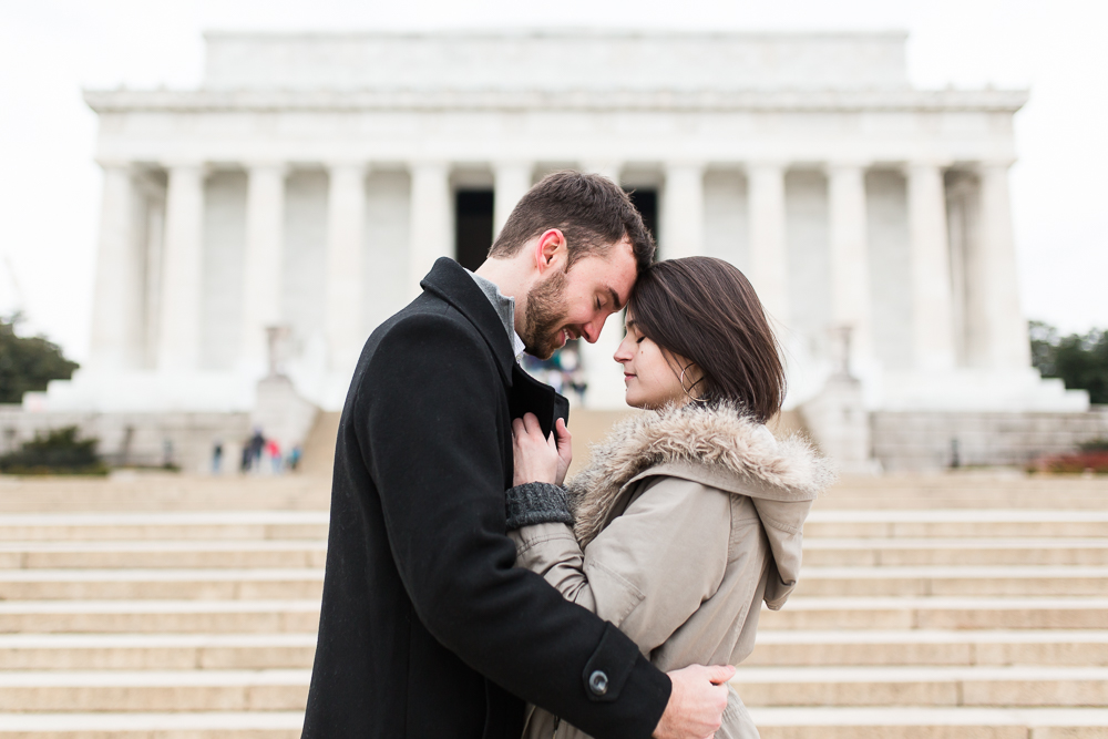 Sweet engagement session at the Lincoln Memorial   Washington DC engagement photographer