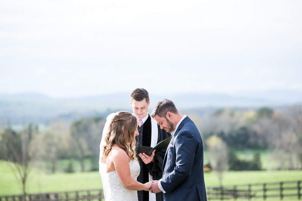 Mount Ida Farm outdoor wedding ceremony with views of the Blue Ridge Mountains | Best Charlottesville wedding venues