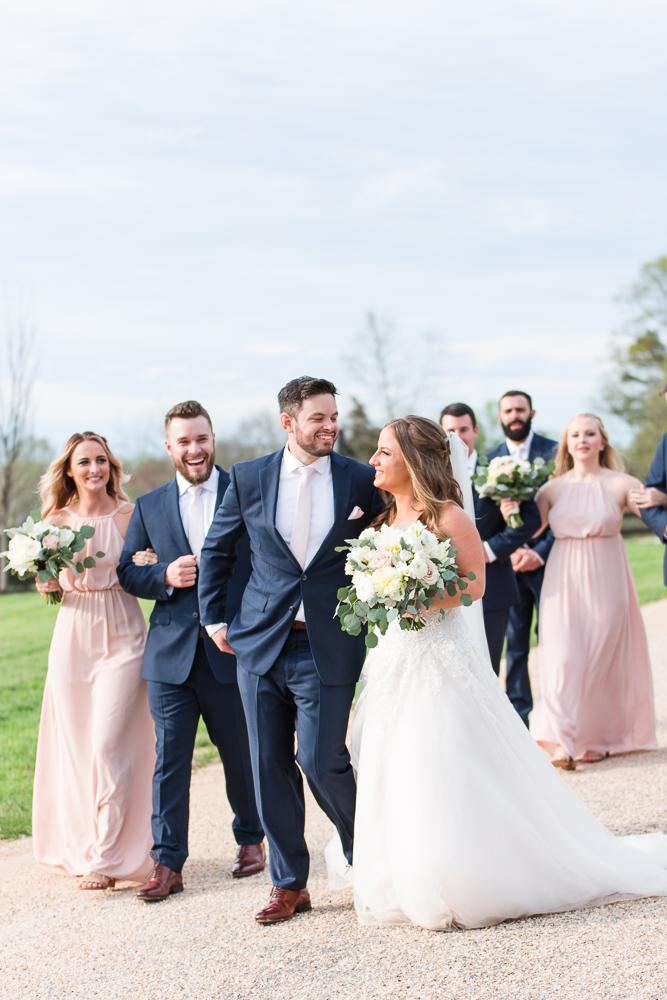 Candid wedding photographer in Charlottesville, Virginia