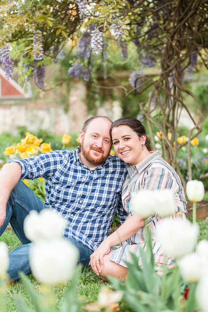 chatham-manor-fredericksburg-engagement-pictures-110.jpg