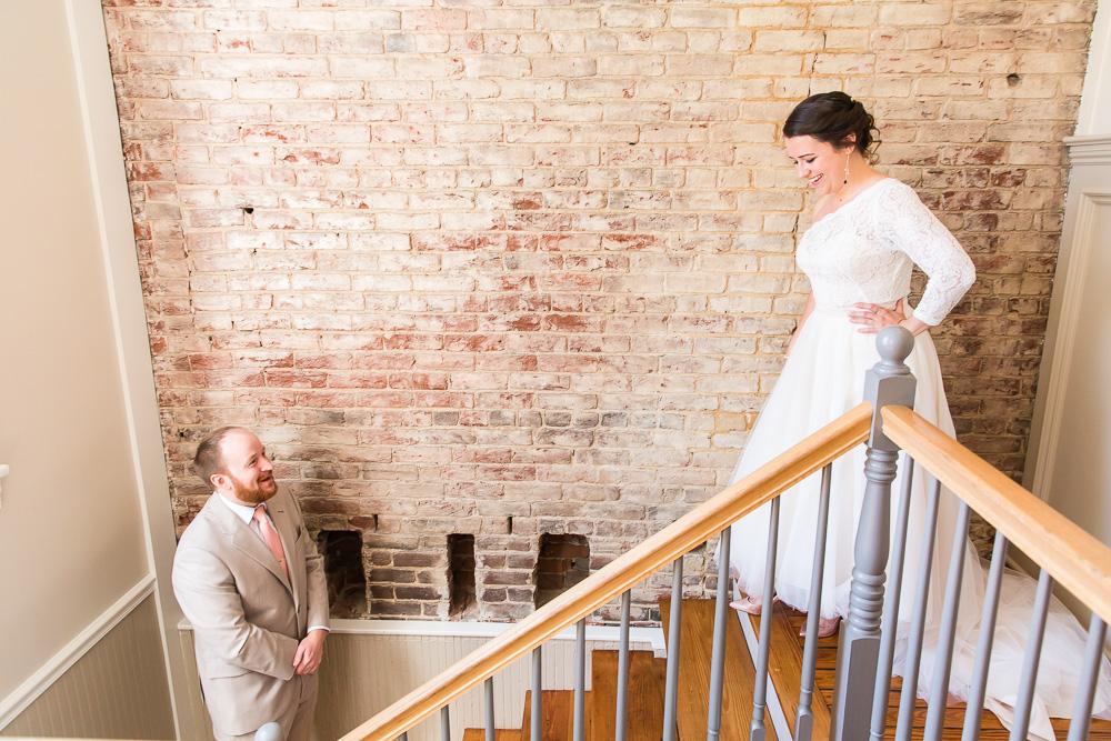 718-venue-fredericksburg-wedding-photos-57.jpg