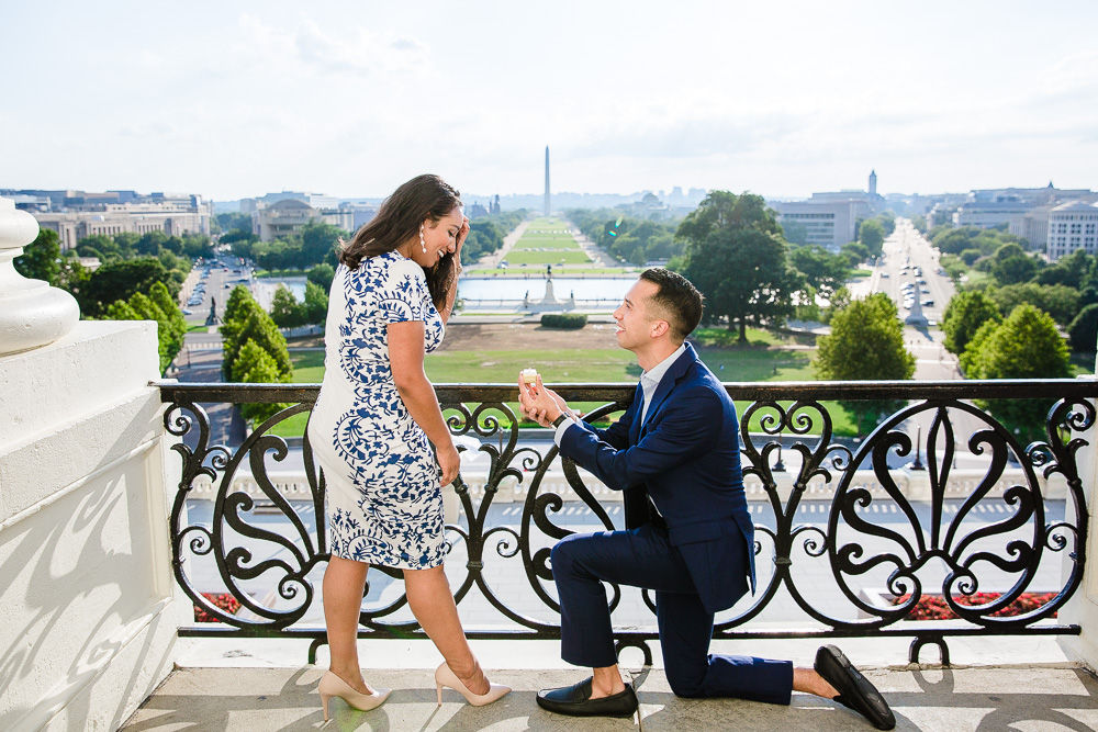 U.S. Capitol engagement overlooking the National Mall | Best engagement photo locations in Washington, DC
