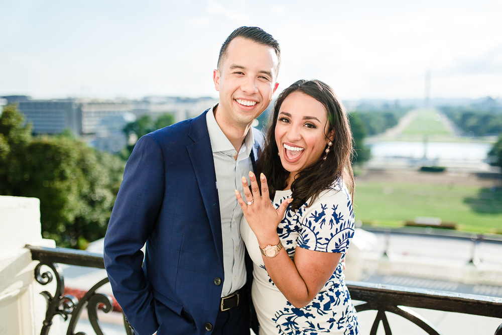 Surprise proposal at the U.S. Capitol on the Speaker's Balcony