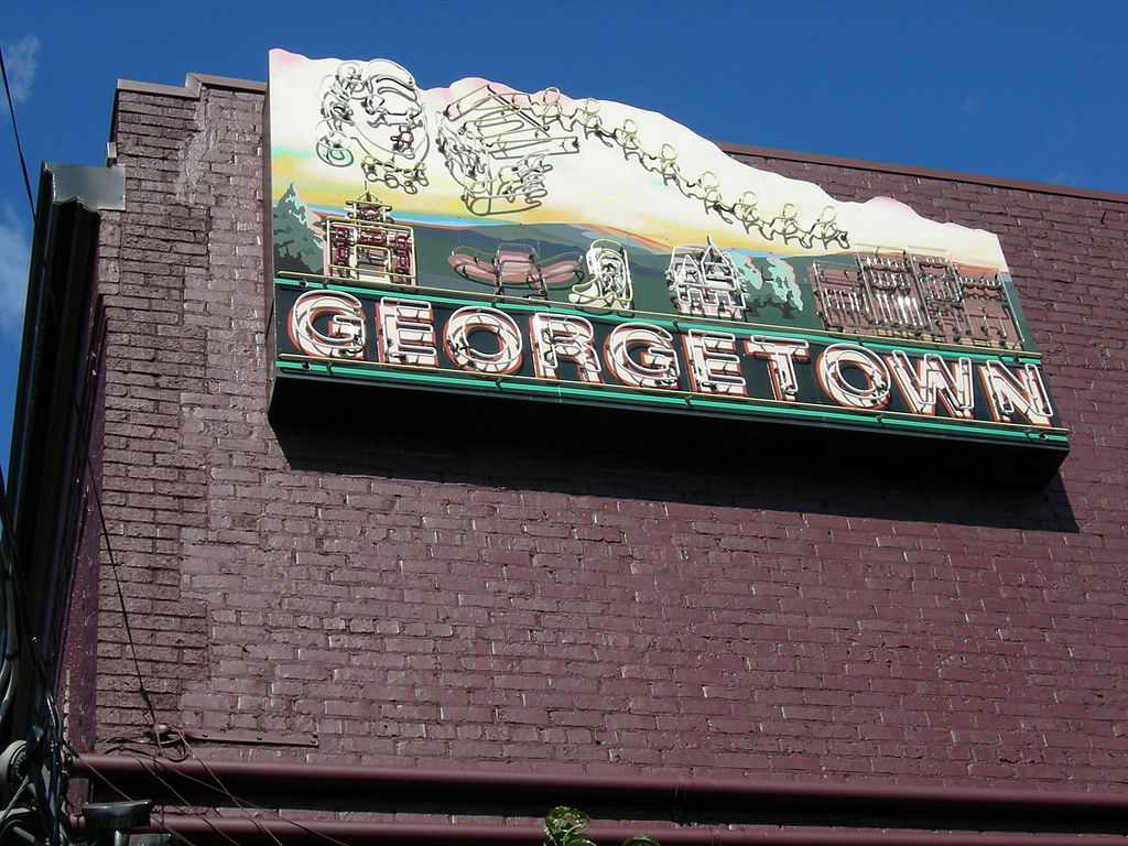 1024px-Seattle_Georgetown_01.jpg