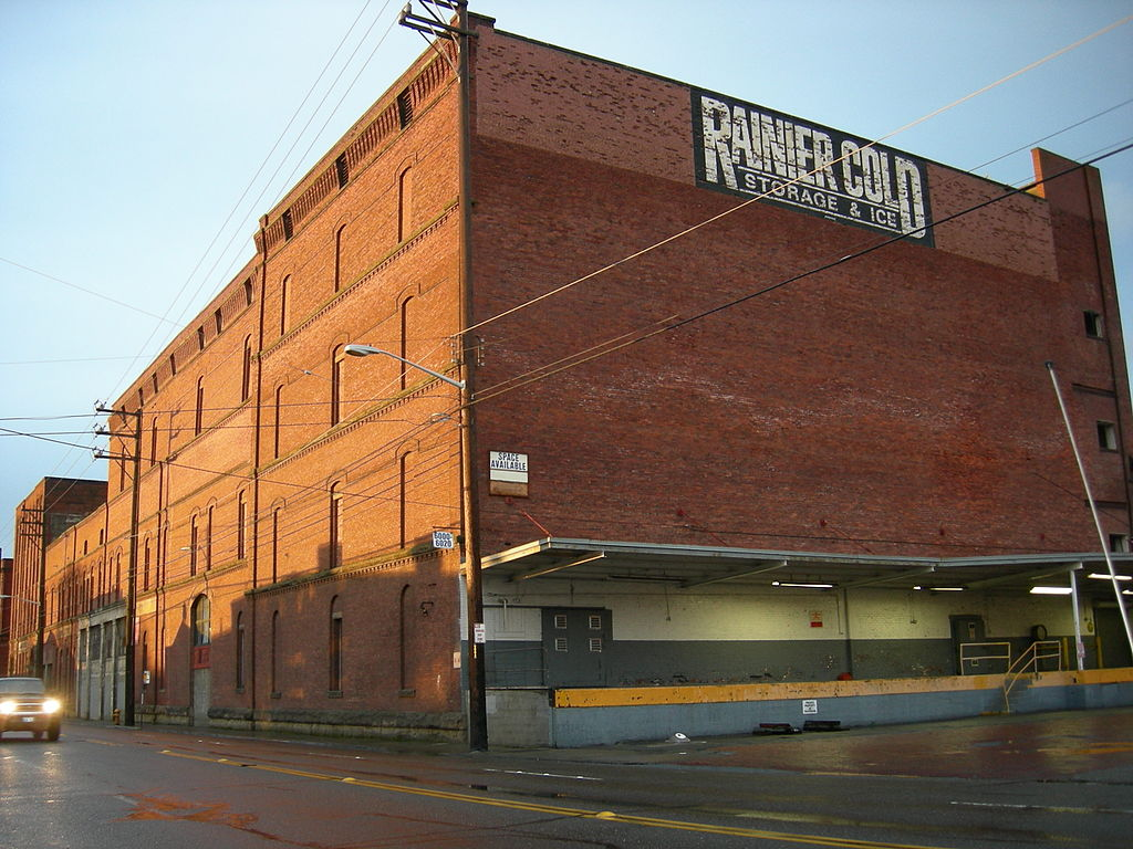1024px-Seattle_Georgetown_Brewery_10.jpg