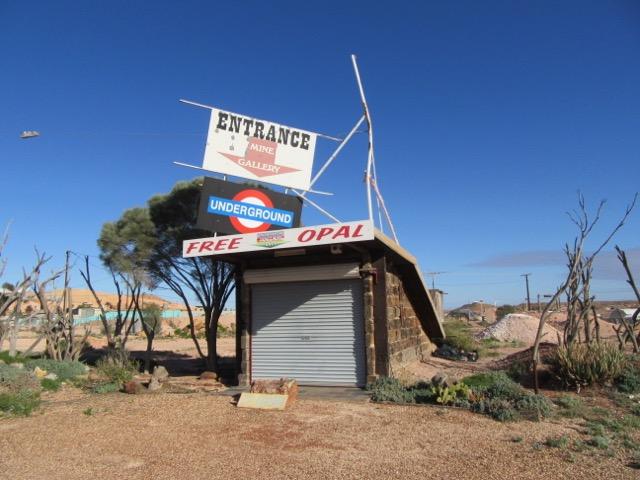 Underground Art Gallery, Coober Peddy, Australia