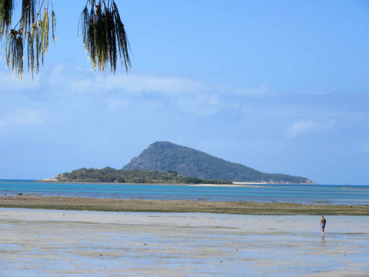 The view of the Whitsundays from Dingo Beach.