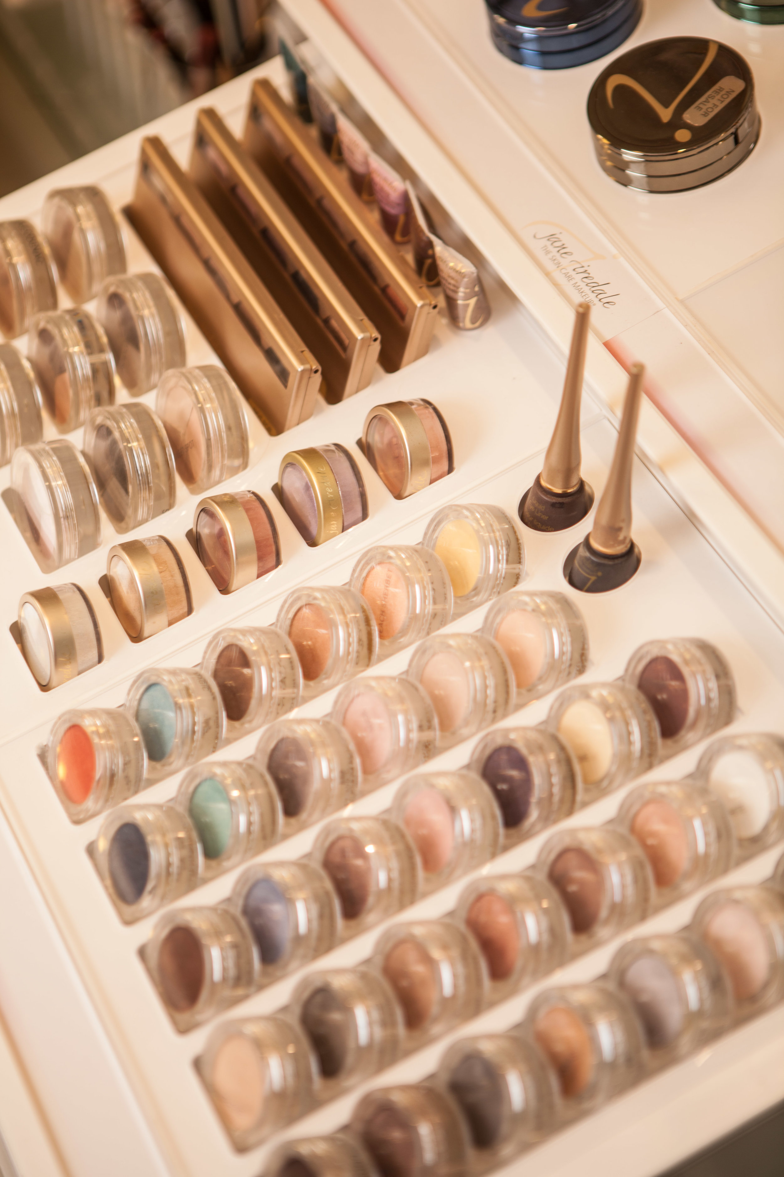 Jane Iredale Makeup Professionals
