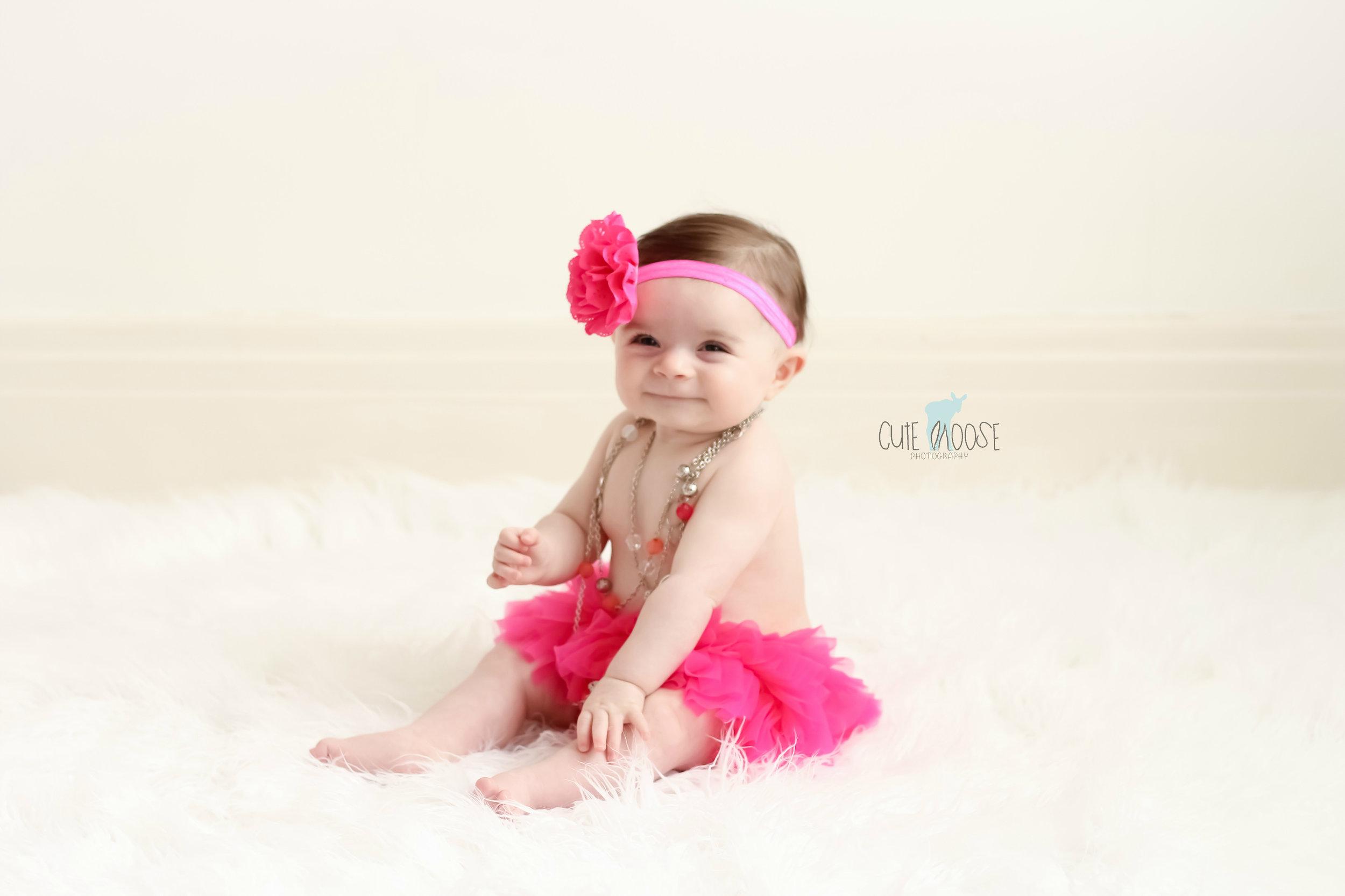 Adelyn 6 Months (18).jpg