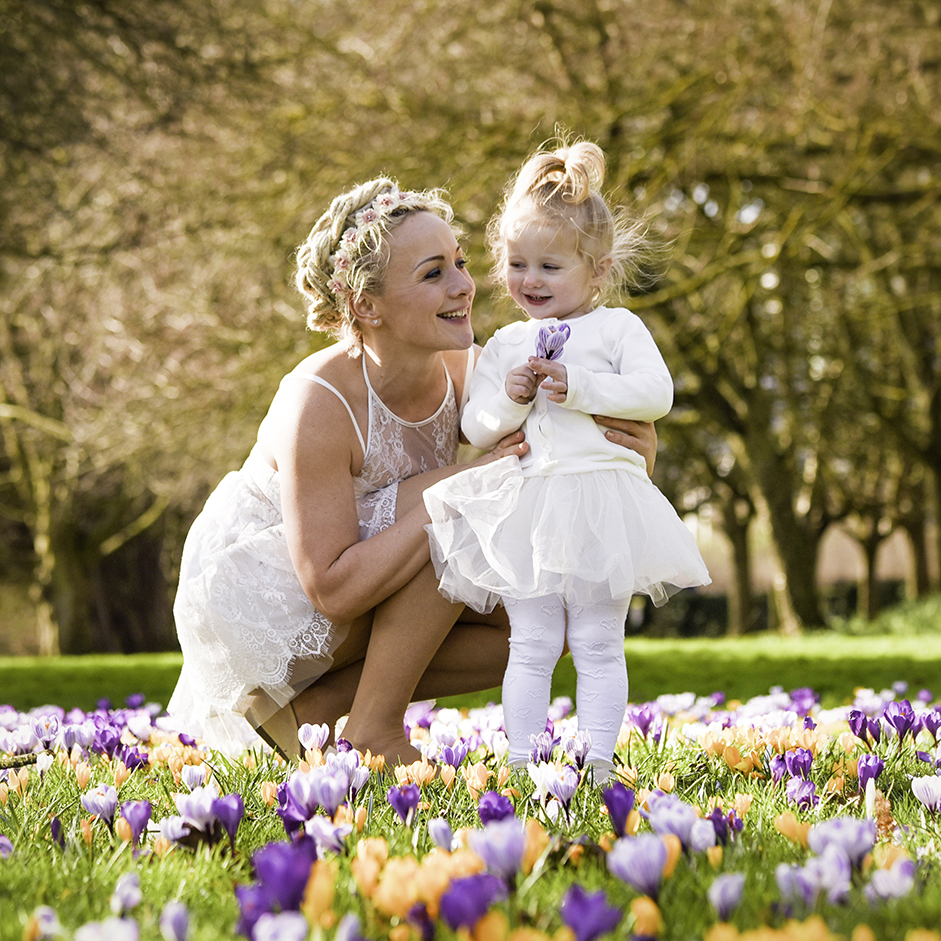 wedding photographer basingstoke hampshire spring.jpg