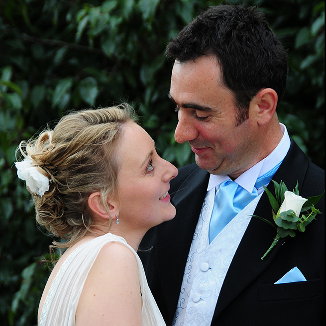 wedding photos basingstoke spring surrey.jpg