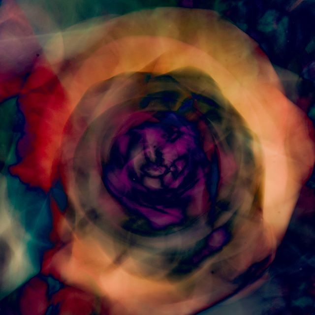 ENCOMPASS . #abstractphotography #abstractart #fineartphotography #creativephotography #impressionisticphotography #fineart #fineartphotography #abstractartorg #camerapainting #digitalart #intentionalcameramovement #contemporaryartist #lovenikon #artdealer #artcollector #contemporaryartcurator #collector #artmagazine #abstractmag #artcurator #contemporaryartcollectors #artgallery #contemporaryart #londonart #gallery #interiordesign #contemporaryhome #propertystyling #architecture #flamingabstracts