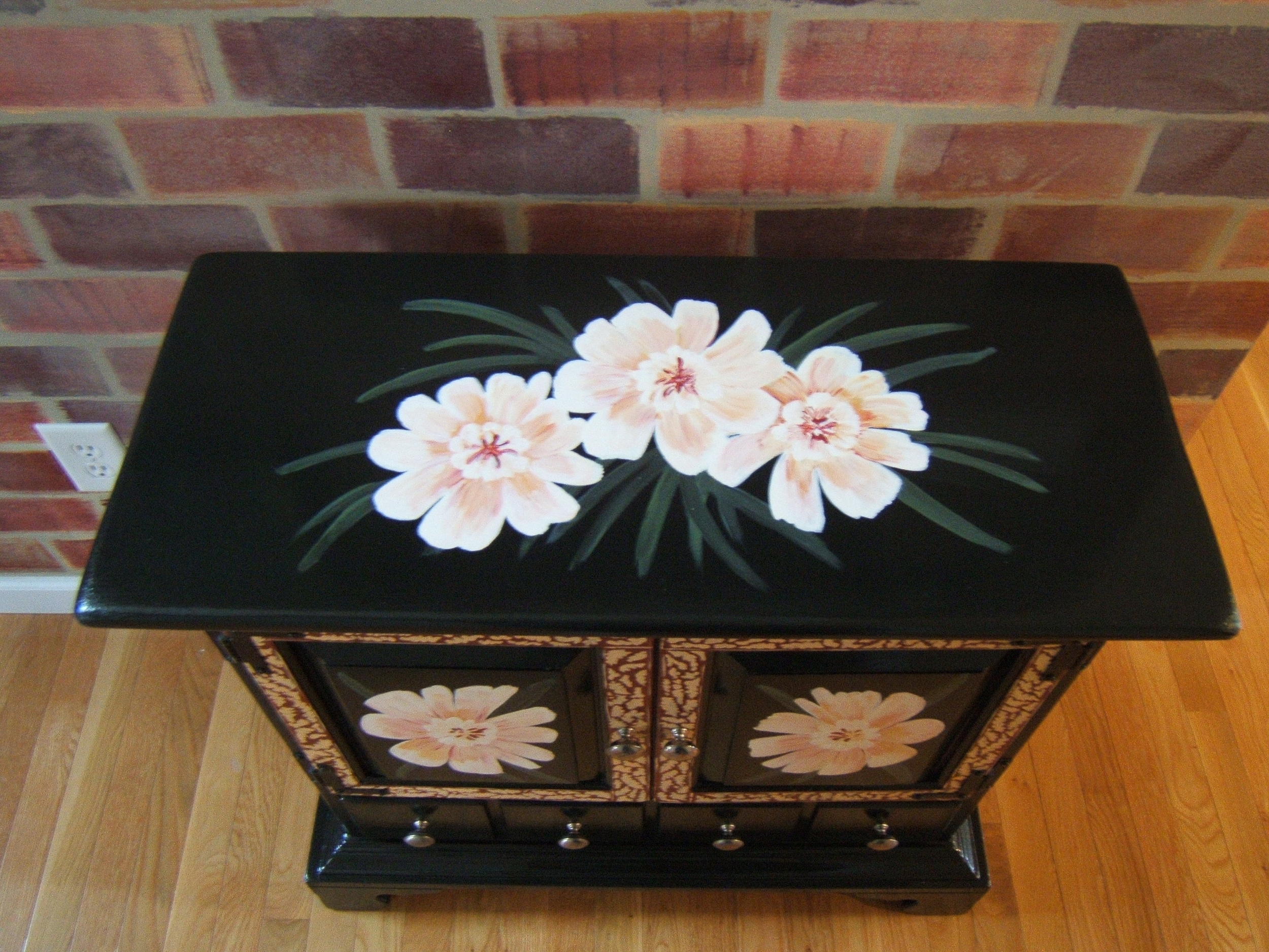 Hand Painted Furniture (4).JPG