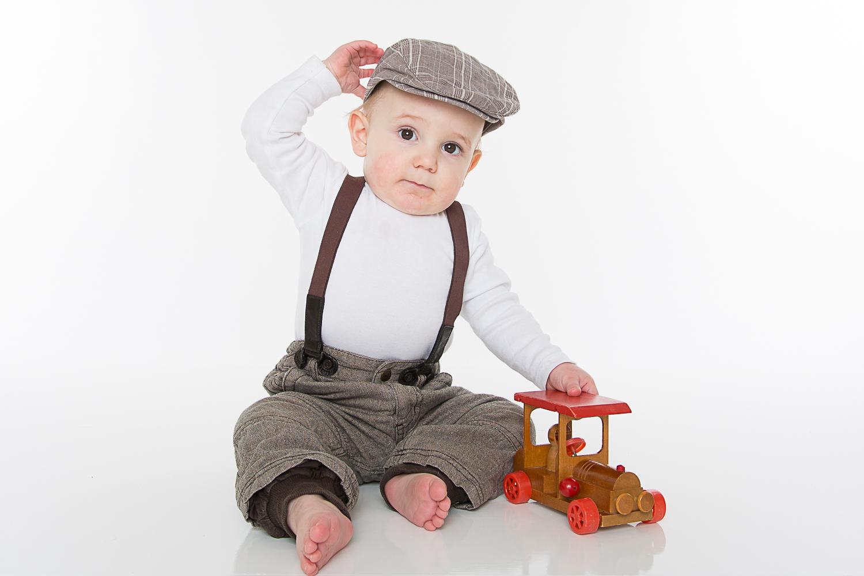 Barnefotografering gutt hos Olivias Fotostudio