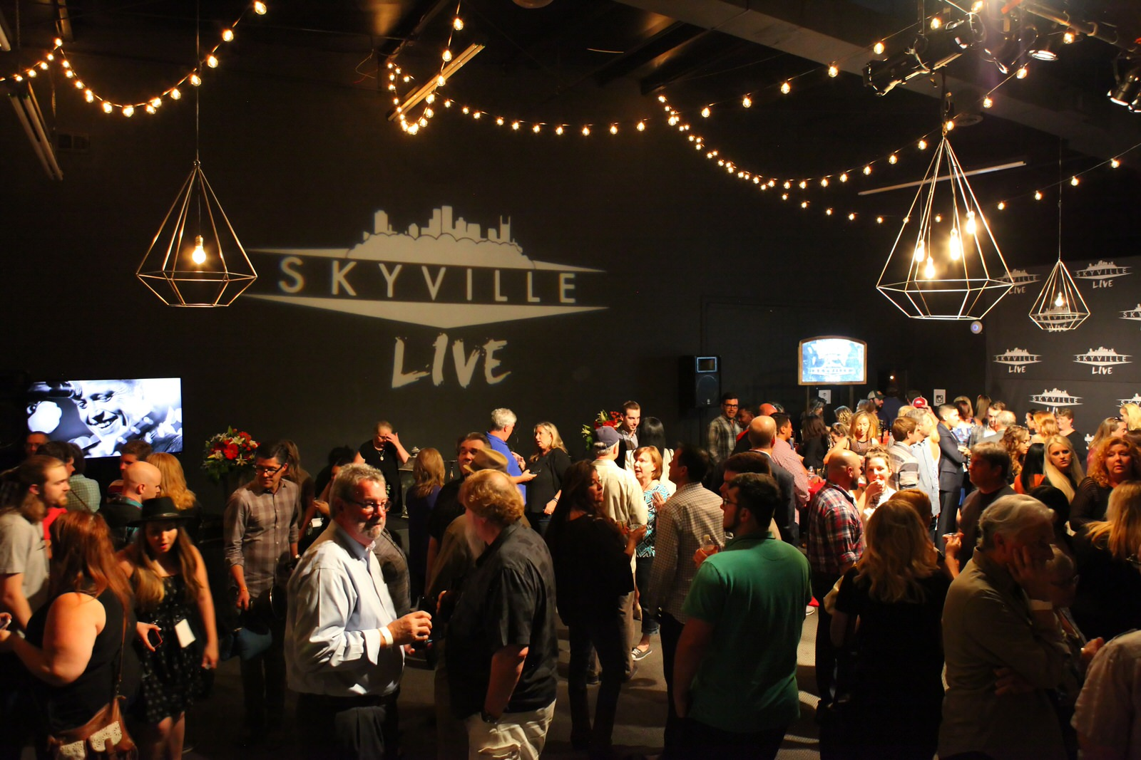 Skyville Live - May 24 (84)-1.jpg