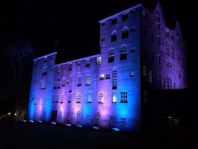 Blue-lights-for-Chanukah-2.jpg