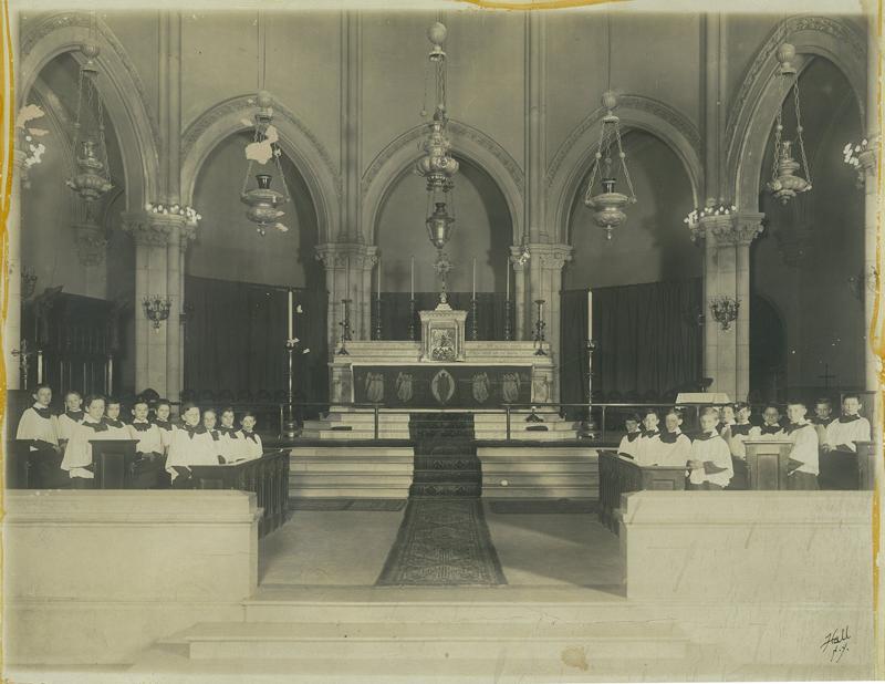 Saint Mary's choir in 1911