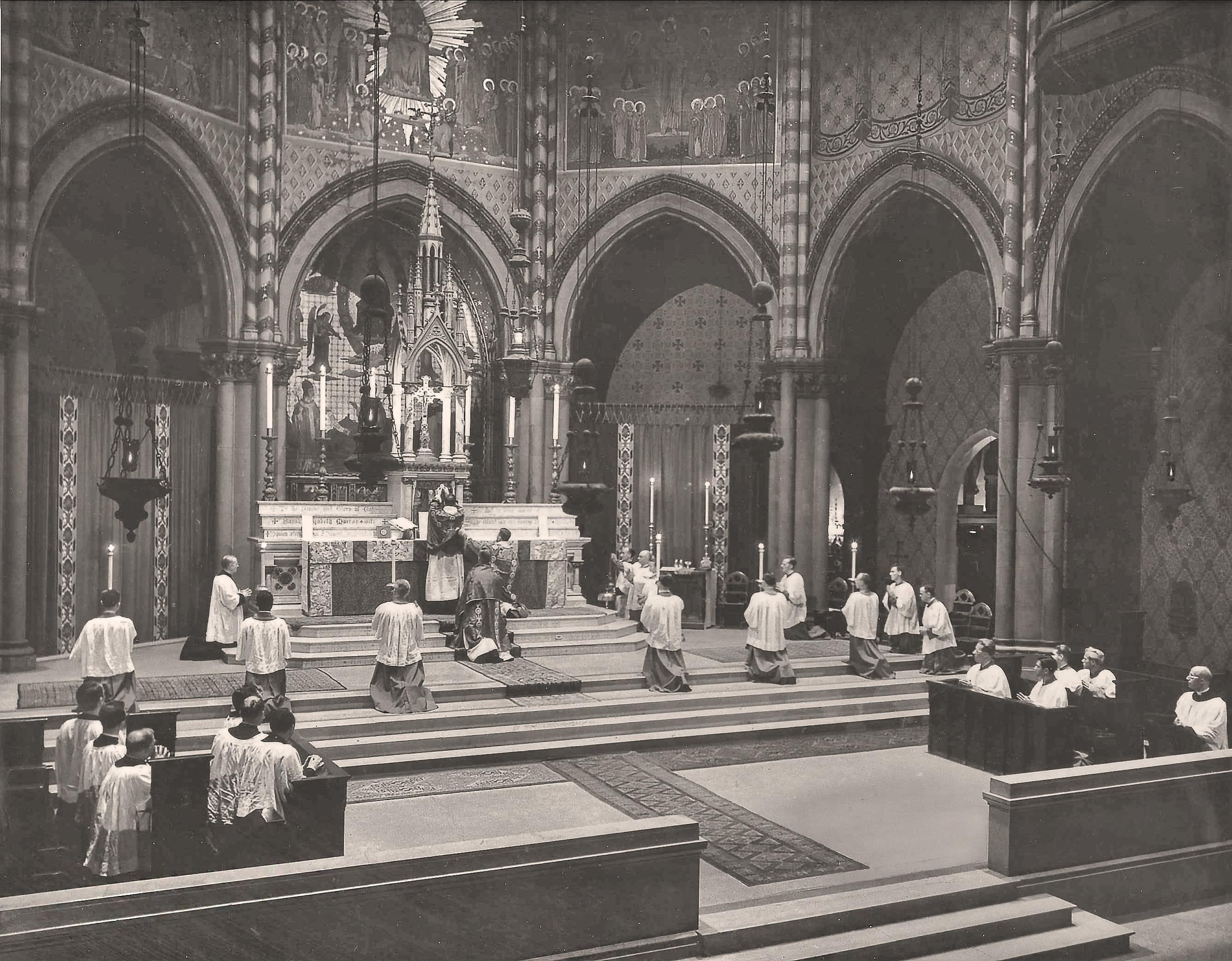 Armistice Day Solemn Mass in 1944