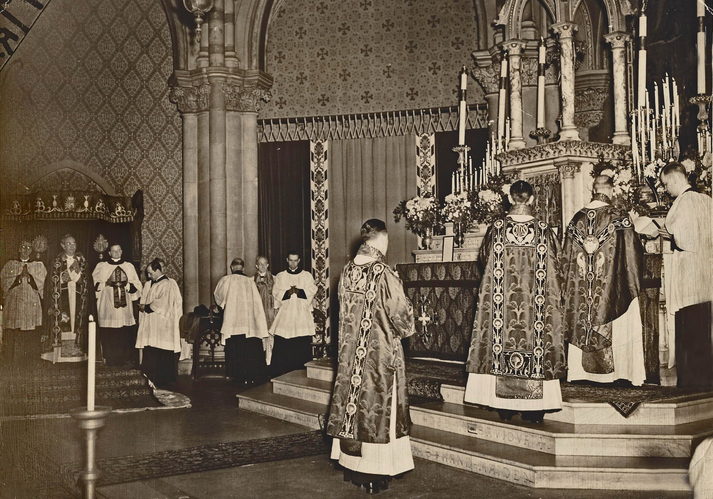 Solemn Mass with the Bishop of Long Island in the 1940s