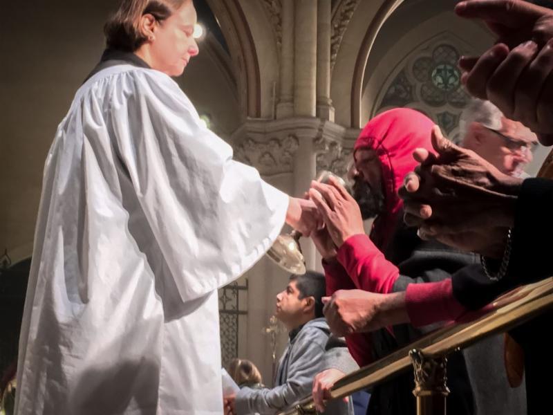 Ministration of Communion Solemn Mass, Sunday, November 13