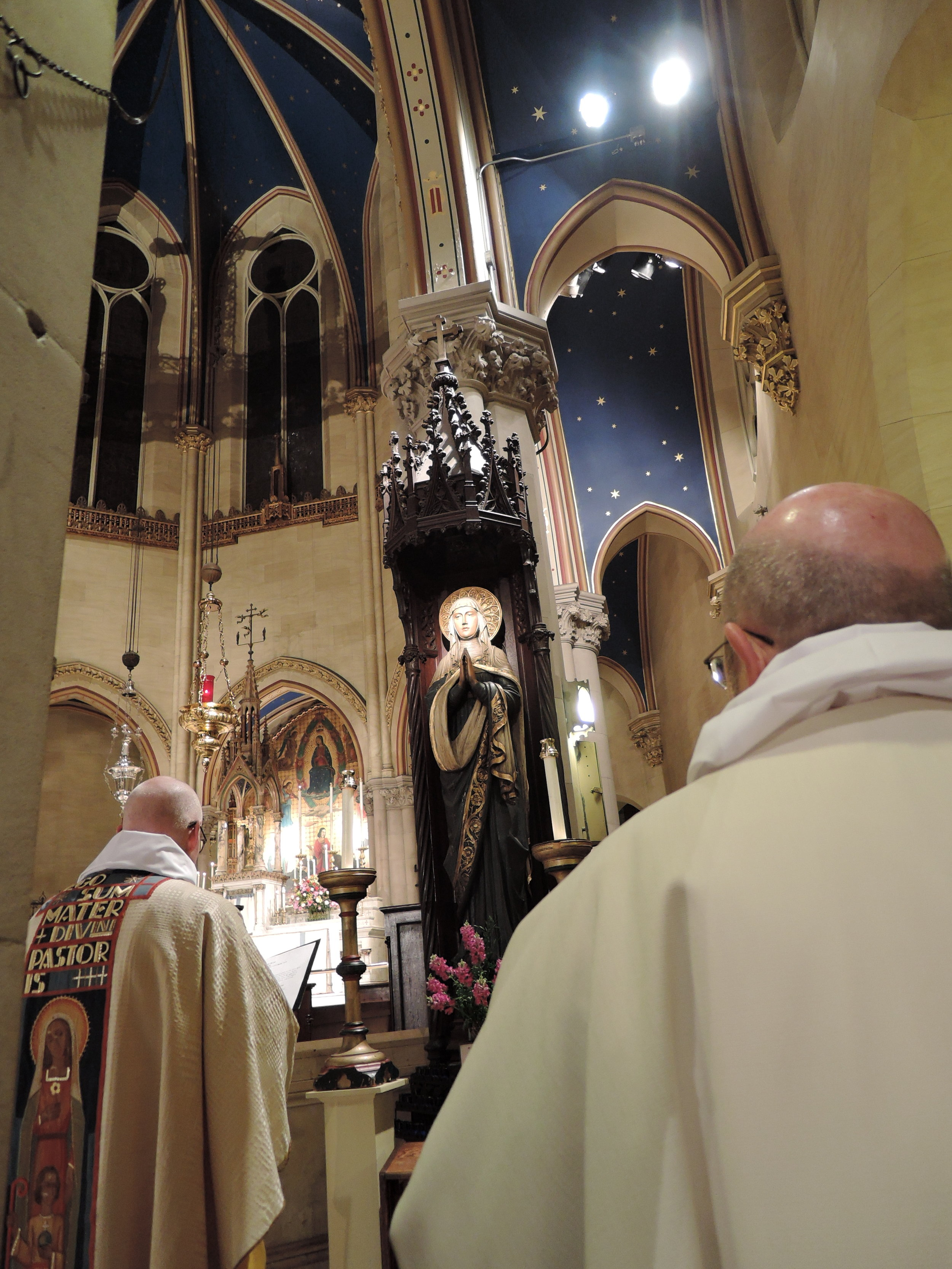 Station at the Shrine of Our Lady at the Solemn Mass
