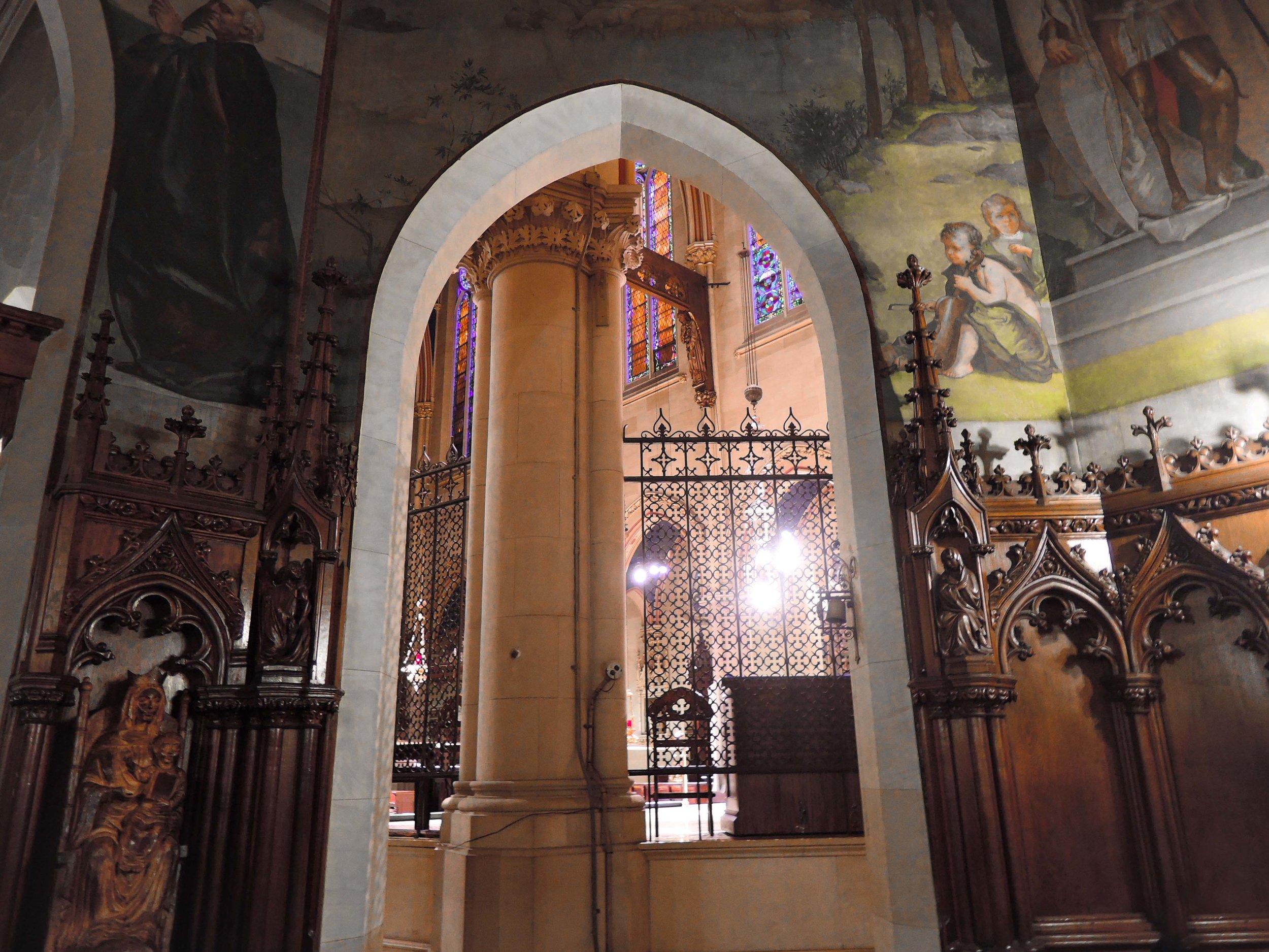 The Lady Chapel looking into the Ambulatory. Elliott Daingerfield's murals in view