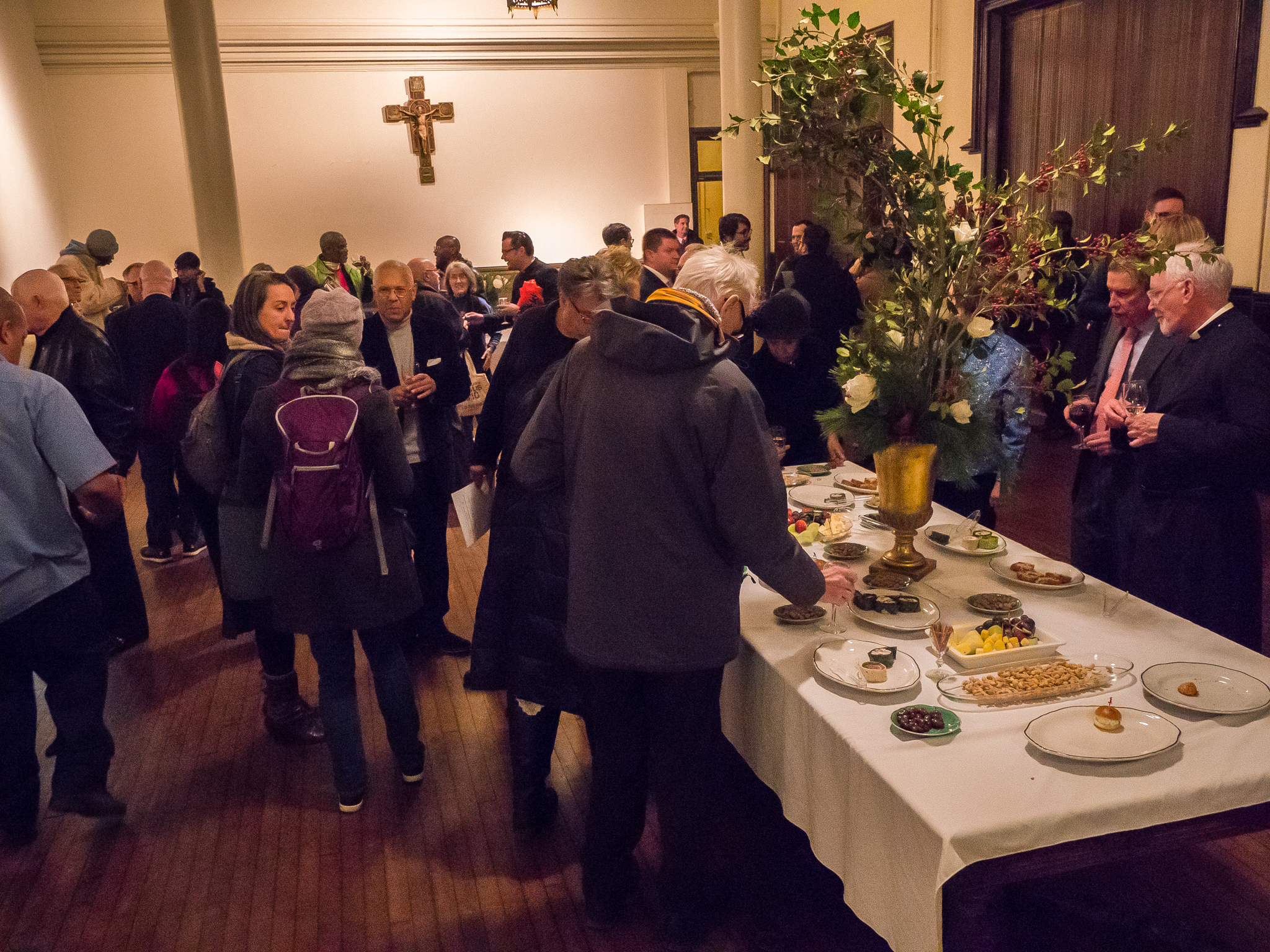 Reception after Solemn Mass on December 8 Photo: Ricardo Gomez