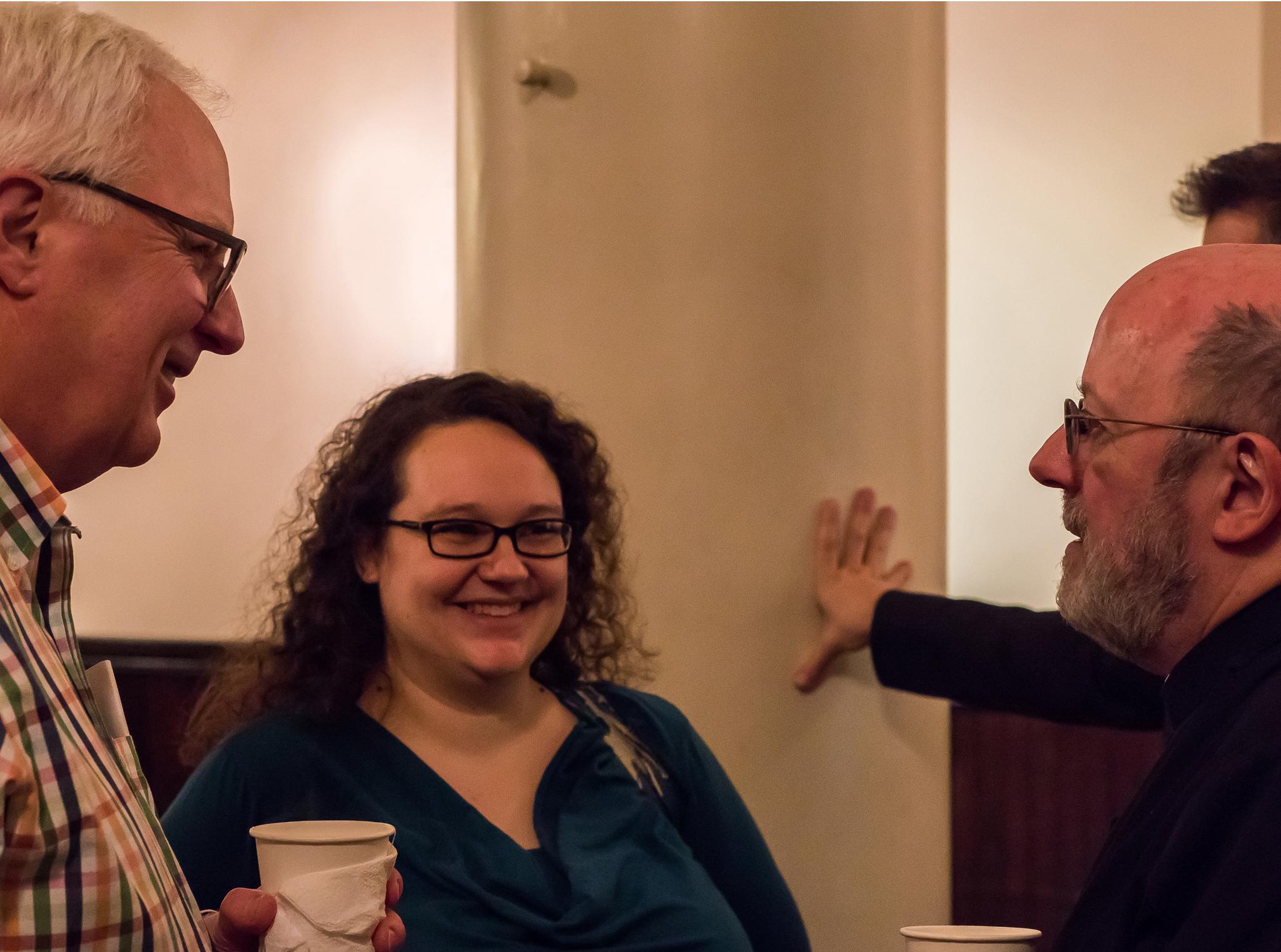 Bob Powell, Reha Sterbin, andFather Jay Smith     Photo by Ricardo Gomez