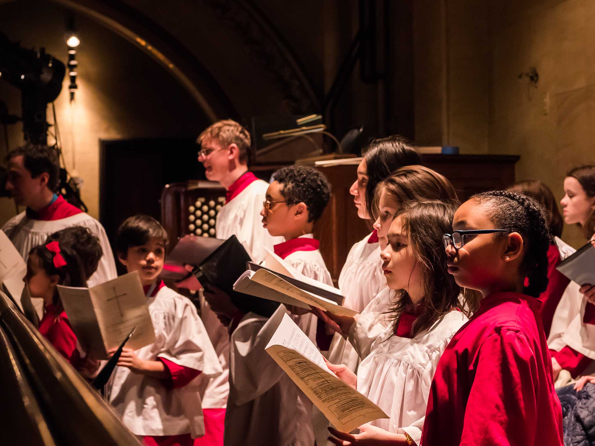 Evensong was sung by the Boy and Girl Choristers of Saint Bartholomew's Church, New York City    Photo by Ricardo Gomez