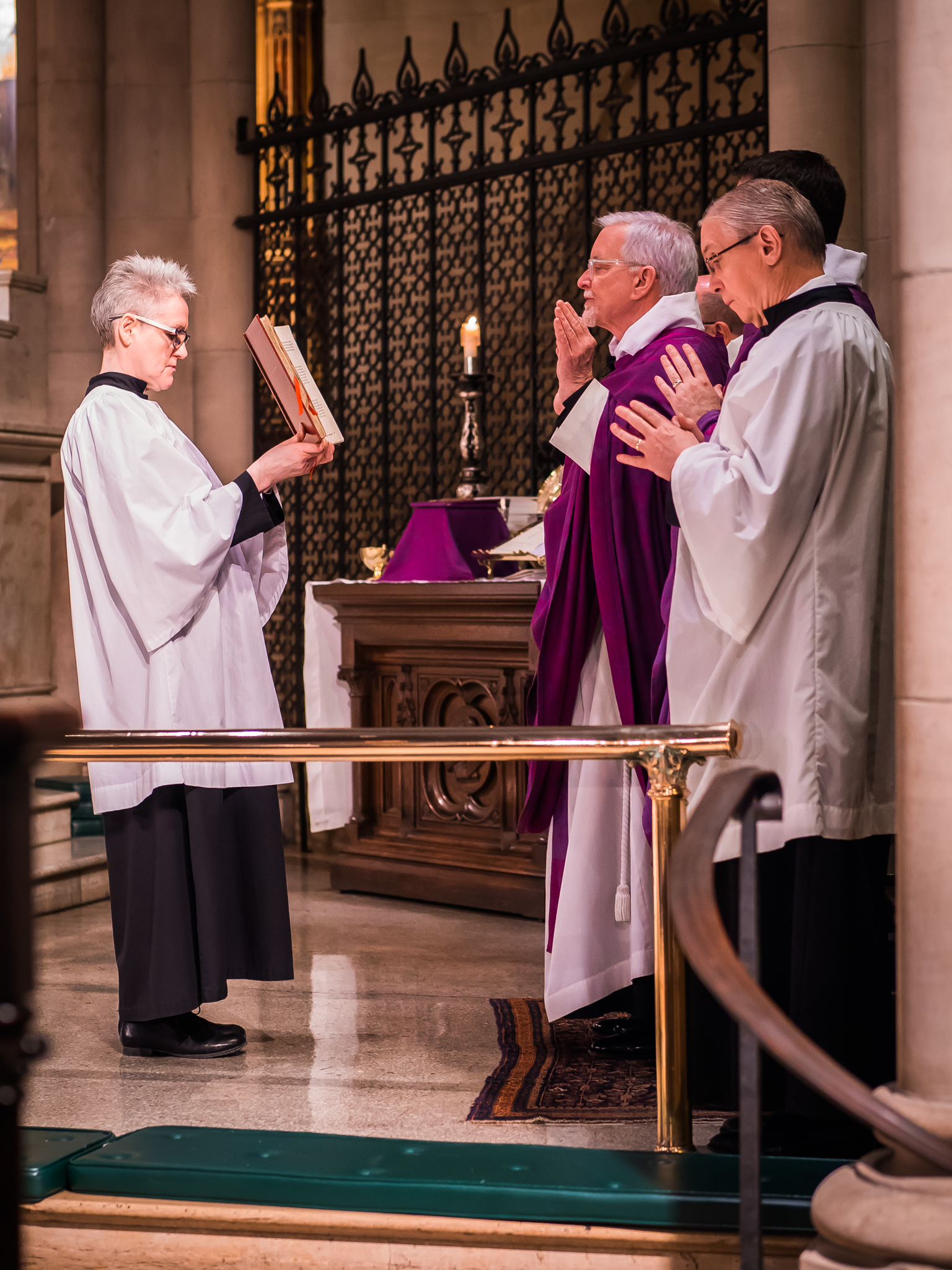 Father Jim Pace was celebrant and preacher for the Solemn Mass on the Second Sunday in Lent.  Photo by Ricardo Gomez