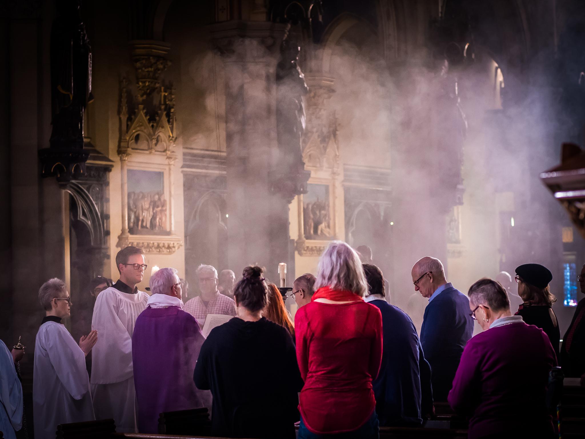The Congregation listens as the gospel is proclaimed: John 2:13-22  Photo by Ricardo Gomez