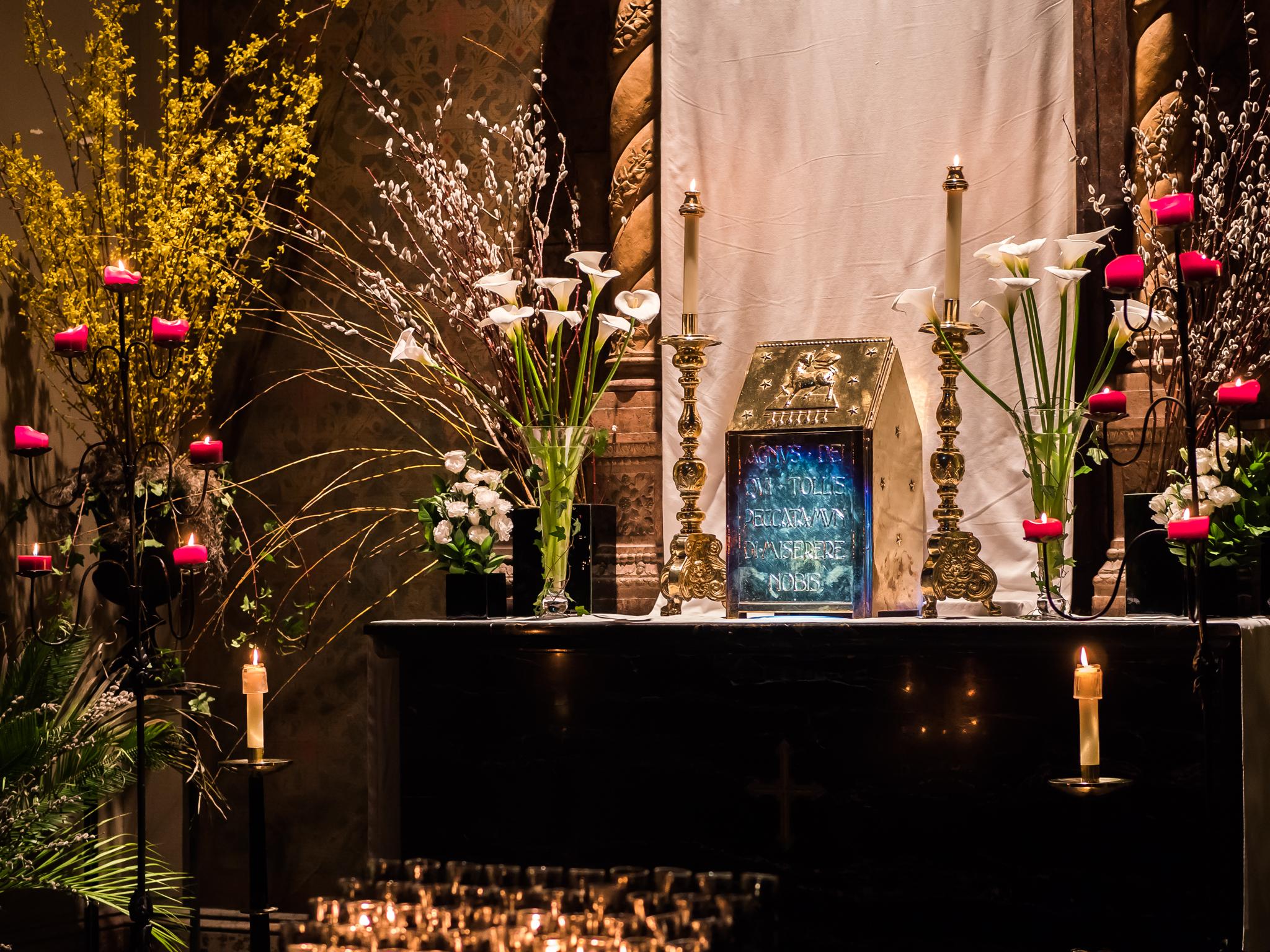 The Altar of Repose  Photo by Ricardo Gomez