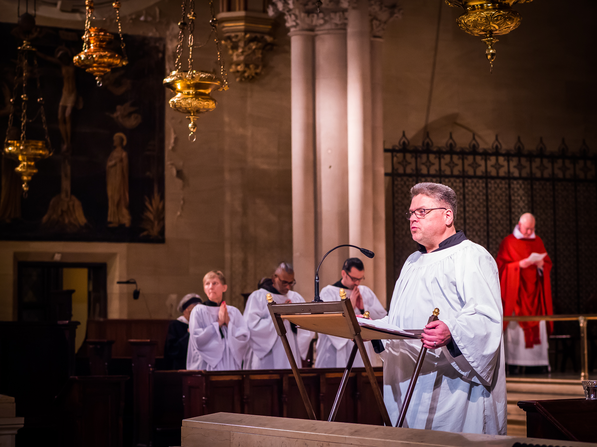 Chris Howatt was narrator for the Passion on Good Friday.  Photo by Ricardo Gomez