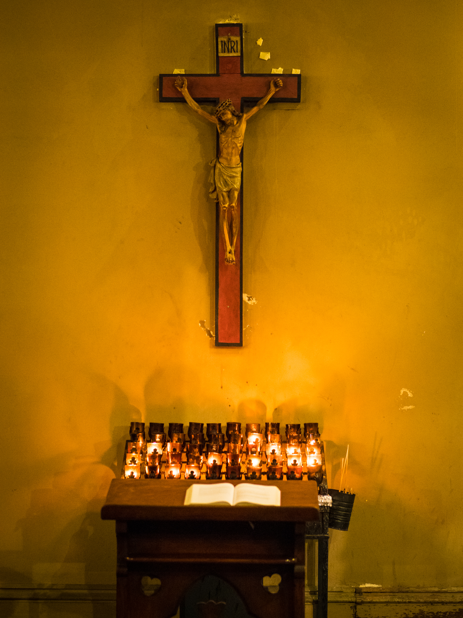 Crucifix, Chapel of Our Lady of Mercy  Photo by Ricardo Gomez