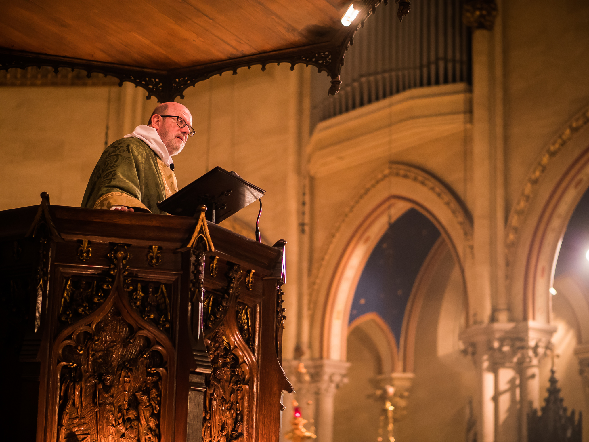 Father Jay Smith was celebrant and preacher on Sunday.   Photo by Ricardo Gomez