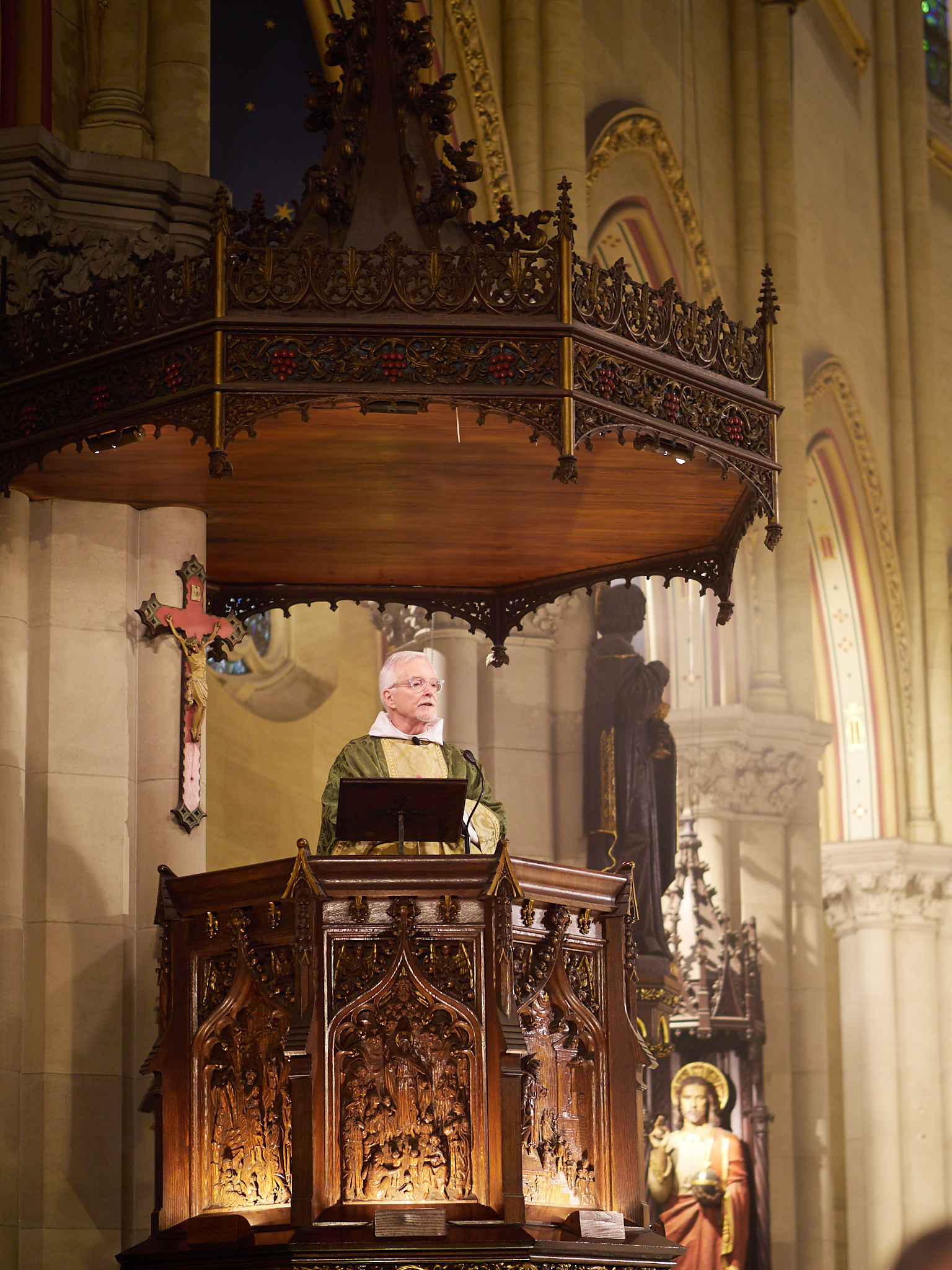 Father Jim Pace was celebrant and preacher on the Fourteenth Sunday after Pentecost.  Photo by Ricardo Gomez
